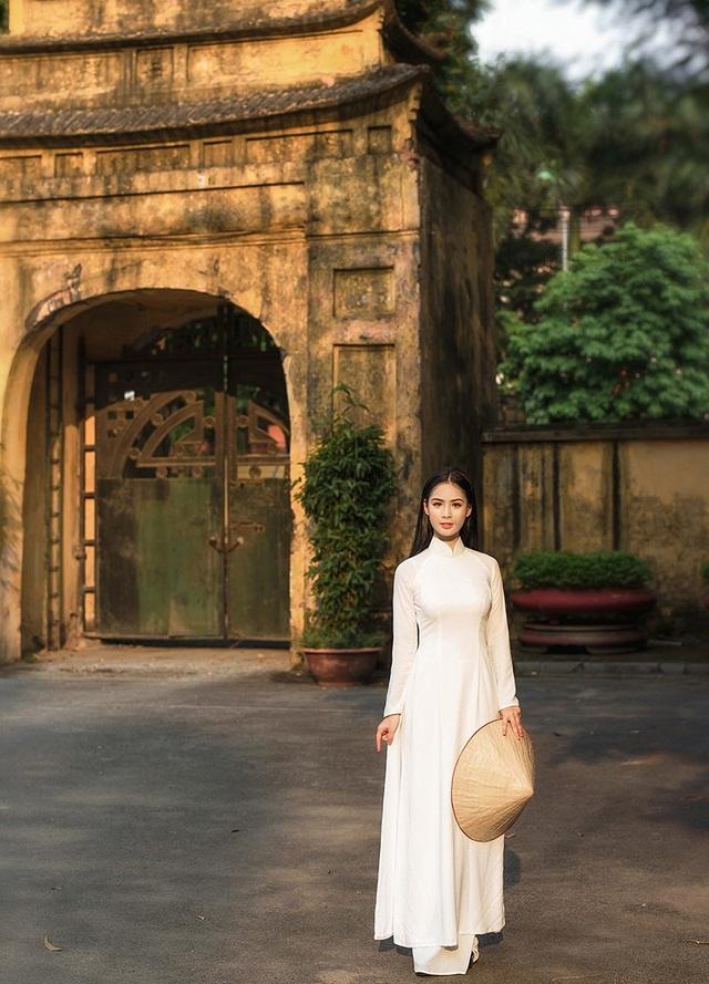 Kiều Phương Anh (SN 1999), quê tại Hải Phòng. Phương Anh hiện đang học tập để trở thành một tiếp viên hàng không chuyên nghiệp.