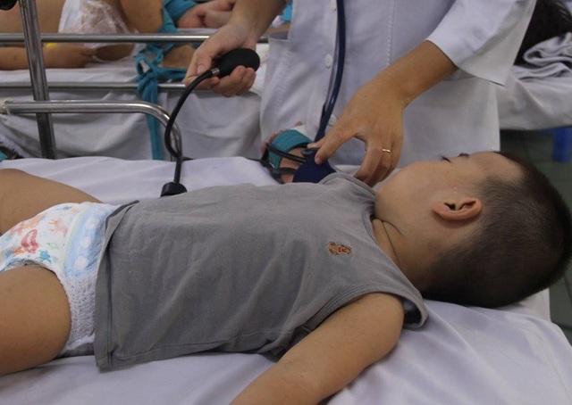 Vi rút Ev71 đang hoành hành gây bệnh cho con trẻ