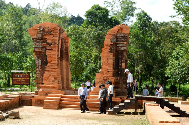 Lãnh đạo tỉnh Quảng Nam kiểm tra thực trạng các đền tháp ở Mỹ Sơn