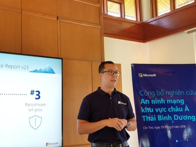 Ông Lucky Gani, Giám đốc marketing và vận hành của Microsoft Việt Nam, chia sẻ về các nguy cơ tấn công an ninh mạng.