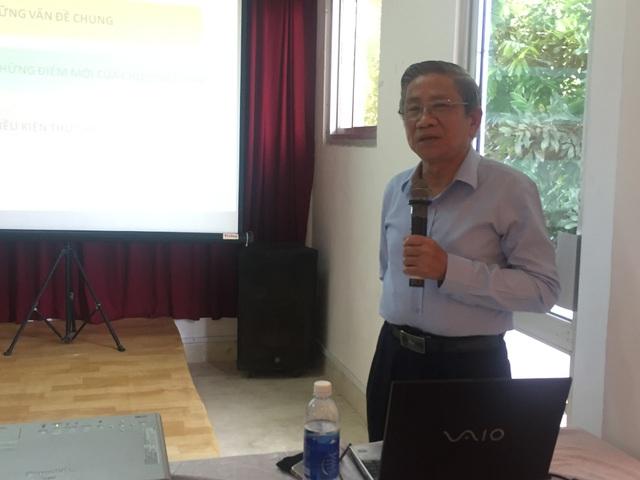 GS Nguyễn Minh Thuyết cung cấp các thông tin về việc biên soạn Chương trình giáo dục phổ thông mới