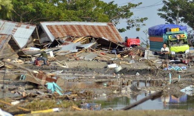 Con số thương vong dự đoán sẽ còn tiếp tục tăng lên sau khi lực lượng cứu trợ thảm họa kết thúc quá trình tìm kiếm các thi thể. Con số thương vong hiện mới chỉ được thống kê tại khu vực Palu, còn khu vực Donggala lân cận vẫn chưa được công bố.