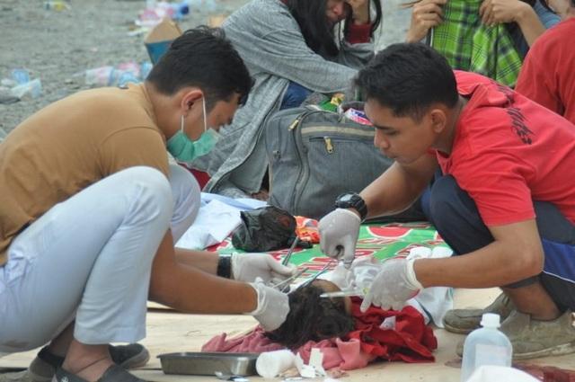 Do lực lượng cứu hộ không thể tiếp cận các khu vực bị ảnh hưởng nên các nhà chức trách không thể thống kê con số thương vong chính xác.