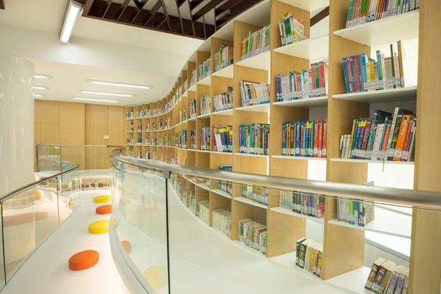 """S.hub Kids còn sở hữu một """"thế giới sách"""" chào đón các em nhỏ"""