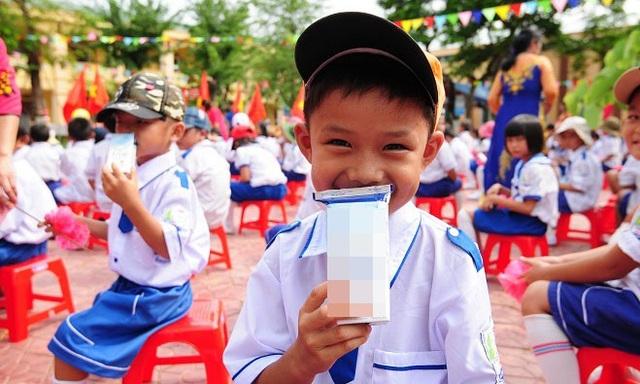 Chương trình Sữa học đường theo quyết định đã được Thủ tướng Chính phủ phê duyệt nhằm cải thiện tình trạng dinh dưỡng, góp phần nâng cao tầm vóc trẻ đến năm 2020.