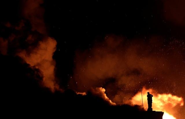 Không ai bị thương trong vụ cháy. Nguyên nhân của vụ hỏa hoạn đang được điều tra.