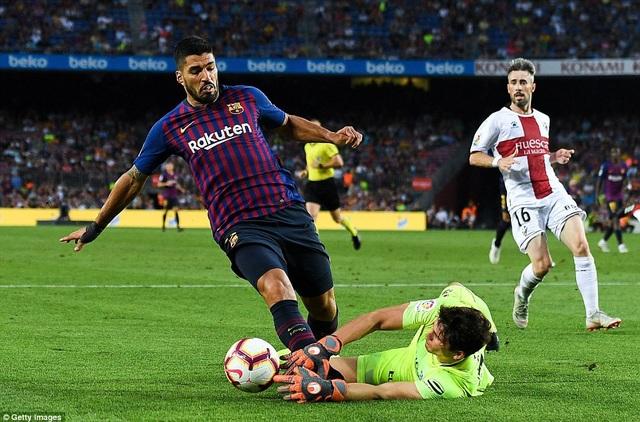 Ngôi sao người Uruguay đã tìm lại cảm giác ghi bàn trong màu áo Barcelona