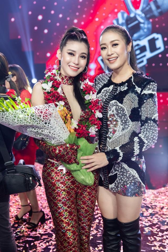 Nữ BTV - MC VTV cho biết, sau The Voice, cô quay trở lại với công việc thường nhật ở VTV. Cô đang sản xuất một series về Việt Nam, đất nước, con người có tên gọi Nàng đẹp nhất khi mặc áo dài, sẽ lên sóng từ cuối tháng 9 này.