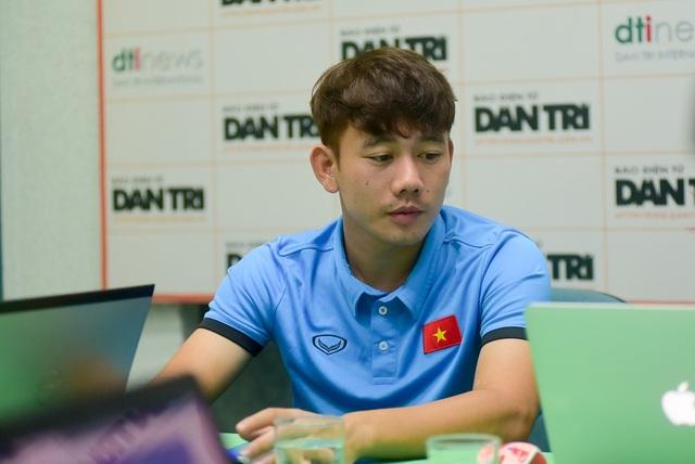 Minh Vương chia sẻ những cảm xúc đặc biệt ở cuộc đối đầu với Hàn Quốc