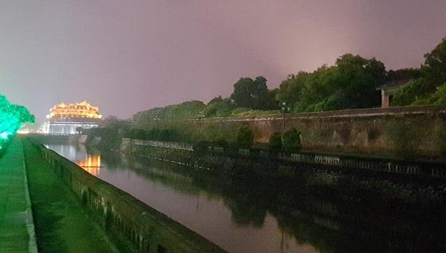 Phần tường thành ở Hoàng Thành và hào Ngoại Kim Thủy sẽ được thắp sáng mỹ thuật bằng hàng ngàn bóng đèn LED trong đêm sau khi dự án hoàn tất