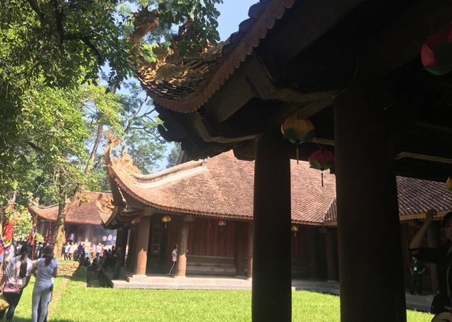 Chính điện Lam Kinh là công trình kiến trúc nằm ở khu vực trung tâm được làm bằng gỗ và sắp hoàn thành đưa vào phục vụ nhân dân, du khách.