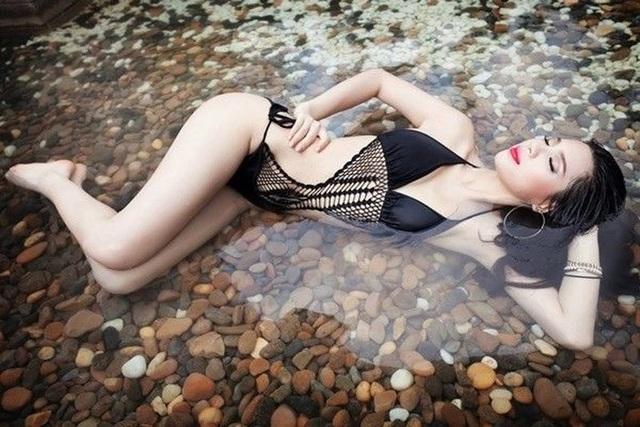 Khả Trang từng được chuyên trang sắc đẹp Global Beauties bình chọn là Mỹ nhân sexy nhất châu Á trong số những Mỹ nhân đương đại sexy nhất thế giới năm 2016/2017.