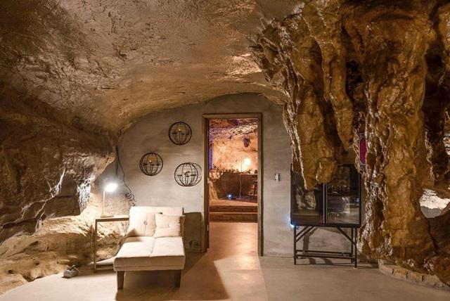 """Khám phá biệt thự """"triệu đô"""" nằm ngay trong hang động độc nhất thế giới - 15"""