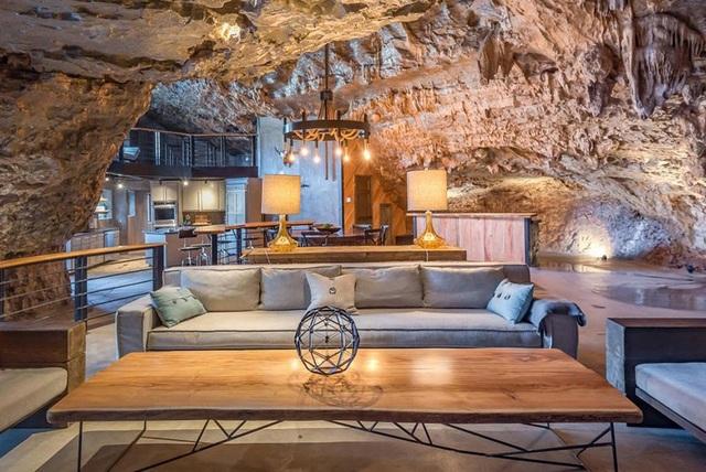 """Khám phá biệt thự """"triệu đô"""" nằm ngay trong hang động độc nhất thế giới - 8"""