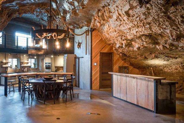 """Khám phá biệt thự """"triệu đô"""" nằm ngay trong hang động độc nhất thế giới - 2"""