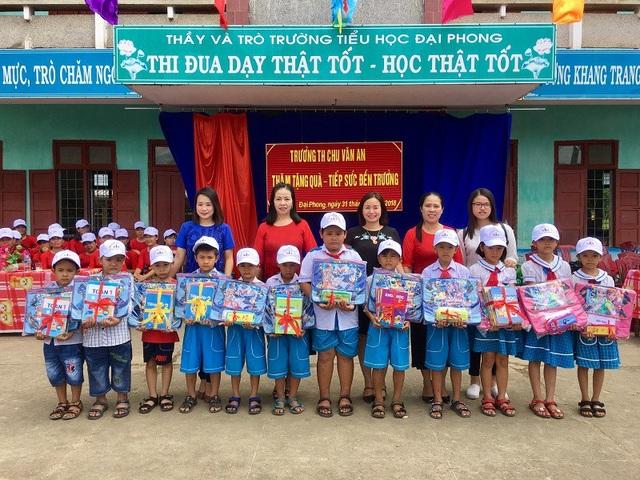 Nhiều phần quà ý nghĩa đến với học sinh Trường Tiểu học Đại Phong trước thềm khai giảng năm học mới