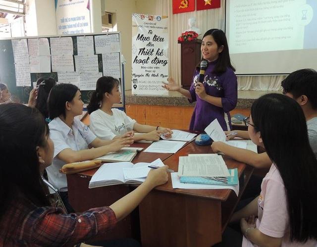 Giáo viên ở bậc THPT sẽ trực tiếp do hiệu trưởng tuyển chọn. (Ảnh mang tính minh họa)