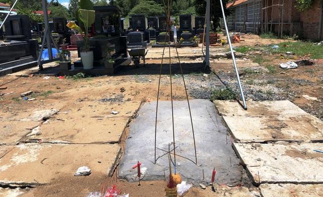 Nạn nhân đã được an táng tại công viên nghĩa trang trên địa bàn huyện Bến Lức, tỉnh Long An. Tuy nhiên đến thời điểm này vẫn chưa tìm được thân nhân.