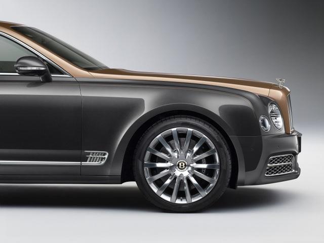Bentley ra logo đặc biệt Centenary Gold mừng sinh nhật 100 tuổi - 3
