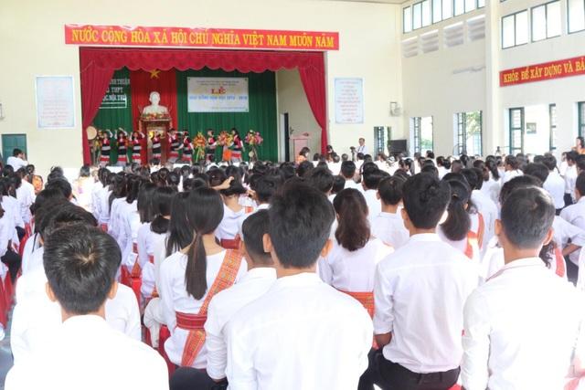 Trưởng Ban Tuyên giáo Trung ương Võ Văn Thưởng dự khai giảng ở trường THPT Dân tộc Nội trú Ninh Thuận - 2