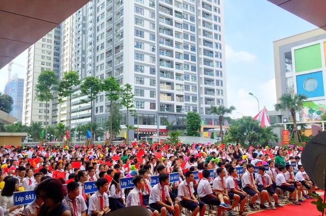 Năm học 2018 - 2019 của trường THCS Thanh Xuân được xác định với những mục tiêu quan trọng: triển khai thành công chương trình giáo dục song bằng quốc tế, công nhận trường đạt chuẩn quốc gia và hoàn thiện thủ tục thẩm định trường chất lượng cao của Thành phố Hà Nội.