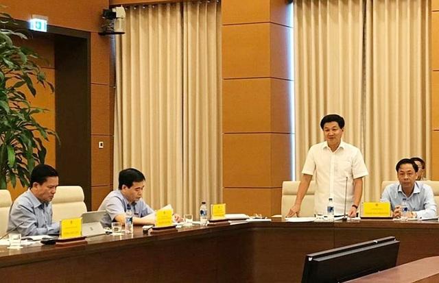 Tổng Thanh tra Chính phủ Lê Minh Khái trả lời một số câu hỏi các đại biểu đặt ra
