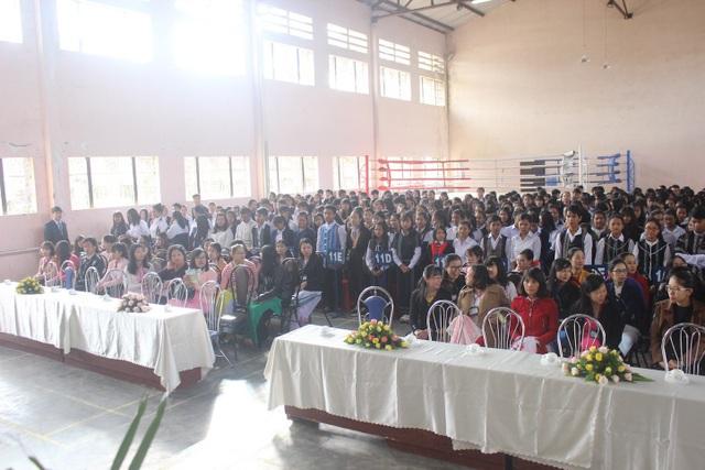 Sáng nay, hơn 325 ngàn học sinh tỉnh Lâm Đồng dự lễ khai giảng