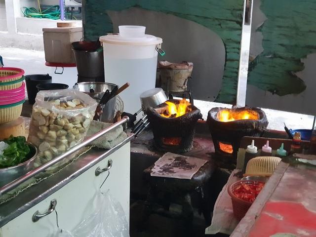 Đến thăm quán ăn đường phố duy nhất ở Bangkok nhận được sao Michelin - 3