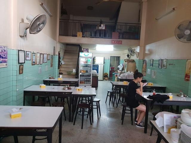 Đến thăm quán ăn đường phố duy nhất ở Bangkok nhận được sao Michelin - 6