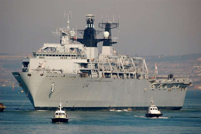 Tàu HMS Albion (Ảnh: Ship Spotting)