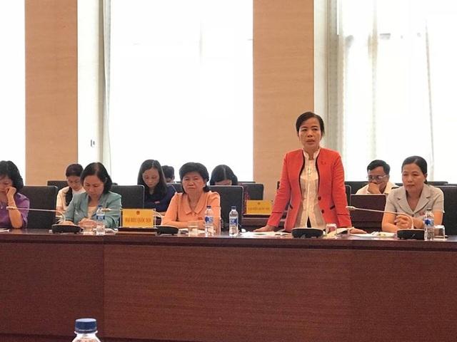 Đại biểu Nguyễn Thị Kim Thuý: Dự thảo luật phòng chống tham nhũng (sửa đổi) còn thiếu gì đó để ngăn chặn việc chính lực lượng phòng chống tham nhũng lại đi tham nhũng.