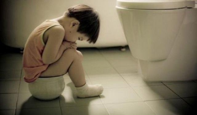 Cần phát hiện sớm tình trạng nhịn tiêu tiểu ở trẻ để có giải pháp hỗ trợ cho trẻ (ảnh: minh họa)