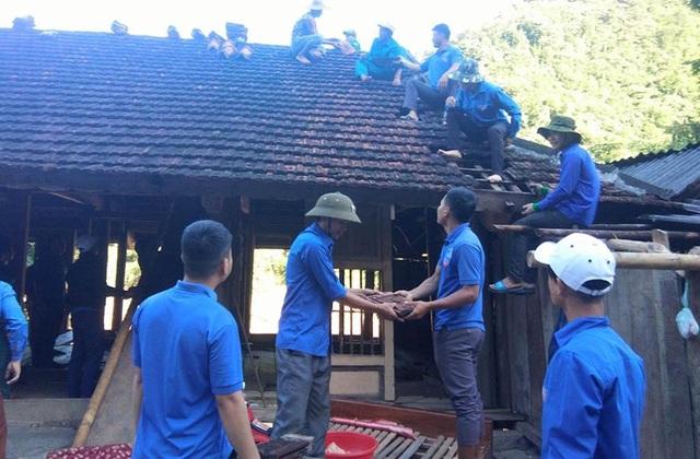 Chiến dịch được kéo dài trong vòng 3 ngày (từ 3/9-5/9) tại địa bàn xã Lượng Minh - ảnh hưởng nặng nhất trong đợt mưa lũ vừa qua.