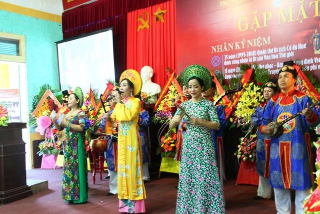 Trình diễn Nhã nhạc cung đình Huế