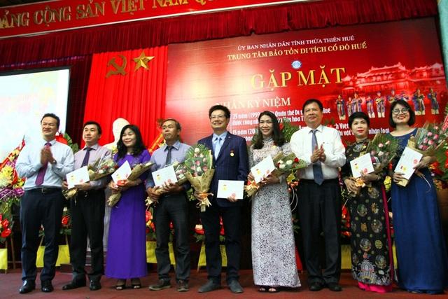 """Các cá nhân được nhận Kỷ niệm chương """"Vì sự nghiệp UNESCO Việt Nam"""" năm 2018"""