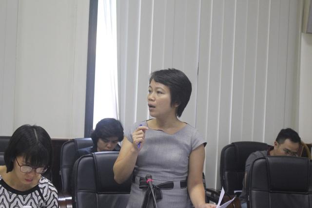 Bà Đào Thị Thu Hiền, đại diện Công ty Carlsberg Việt Nam phát biểu tại tọa đàm.