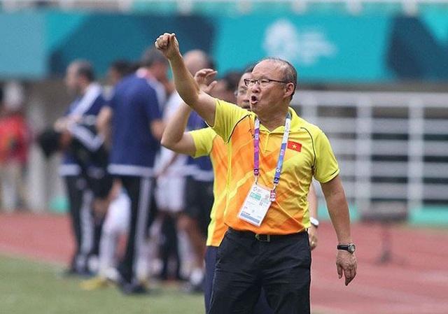 VFF chưa vội tính chuyện gia hạn hợp đồng với HLV Park Hang Seo