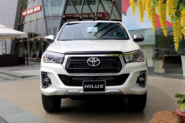Toyota Hilux mới có gì cạnh tranh cùng các đối thủ? - 6