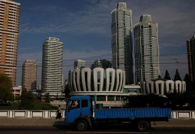 Những tòa nhà cao tầng với nhiều kiểu kiến trúc khác nhau ở thủ đô Bình Nhưỡng.