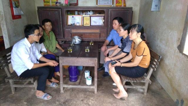 Bạn đọc sẻ chia những khó khăn với gia đình em Ngô Văn Giang.