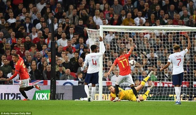 Tây Ban Nha chiến thắng nhờ sự sắc sảo trong dứt điểm