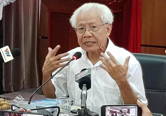 Theo GS Hồ Ngọc Đại, sách Tiếng Việt lớp 1 Công nghệ Giáo dục là sản phẩm của nhiều người, nhưng ở bản thảo cuối cùng được ký tên Hồ Ngọc Đại - người chịu trách nhiệm. (Ảnh: Th. Th).