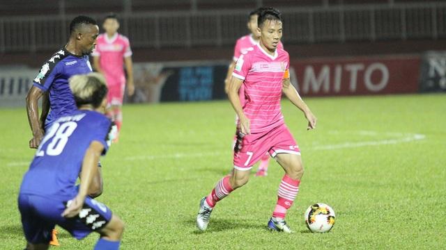 Đội bóng của bầu Hiển có thêm 3 điểm và thêm nhiều hy vọng để trụ lại V-League
