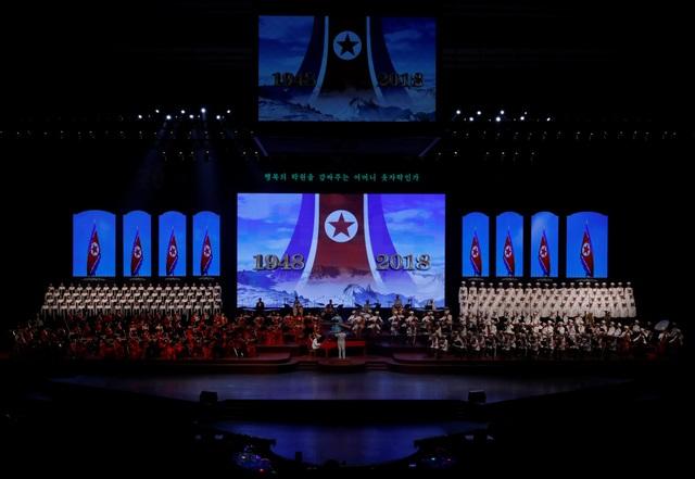 Triều Tiên đã tổ chức chương trình hòa nhạc hoành tráng vào tối 8/9 tại sân vận động trong nhà Bình Nhưỡng. Buổi hòa nhạc là sự kiện tổ chức nhân kỷ niệm 70 năm Quốc khánh Triều Tiên (1948-2018). (Ảnh: Reuters)