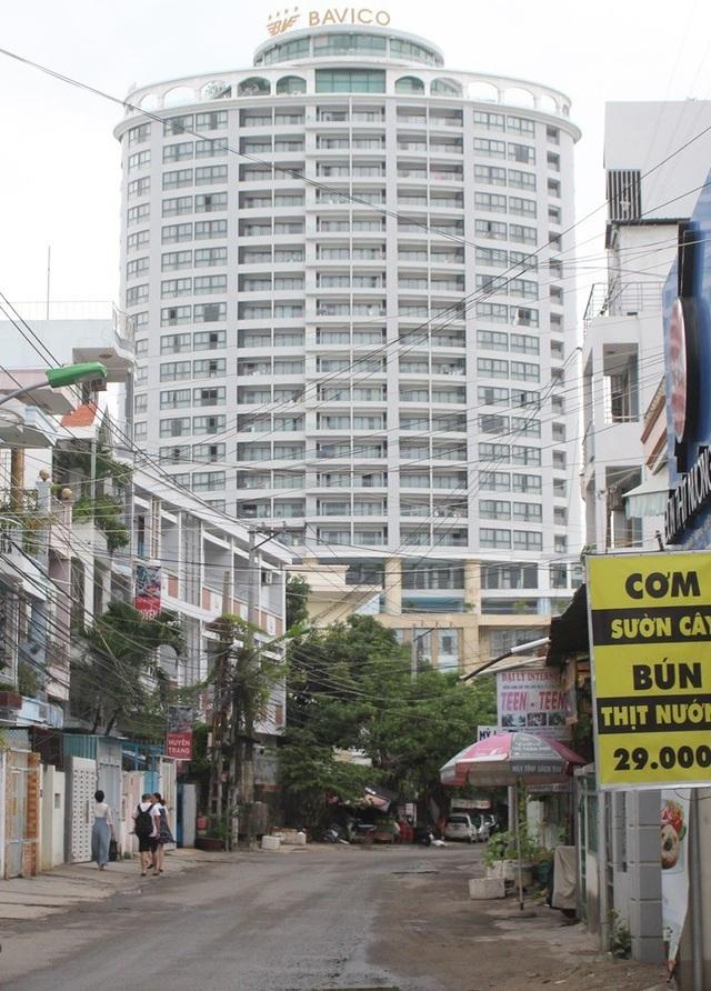 Khách sạn Bavico Nha Trang nơi các cô gái bán dâm cho khách Trung Quốc