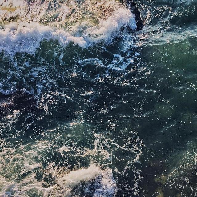 Khả năng bắt chuyển động của iPhone 5S cũng là vô cùng đáng nể, khi tái hiện được gần như hoàn hảo các gợn sóng trên mặt biển.