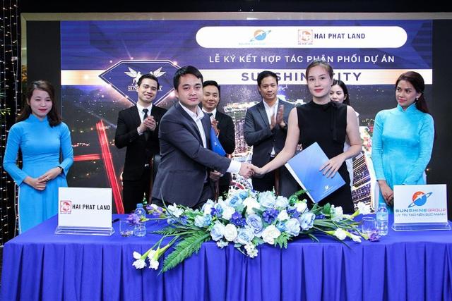 Đại diện Hải Phát Land và SunShine City bắt tay ký kết hợp tác