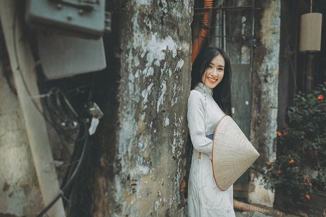 Cô gái sinh năm 1995 này mong muốn tương lai sẽ trở thành hướng dẫn viên du lịch để giới thiệu nét đẹp đất nước hình chữ S đến với bạn bè quốc tế.