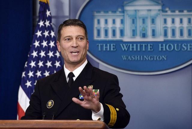 Bác sĩ Nhà Trắng Ronny Jackson (Ảnh: Reuters)