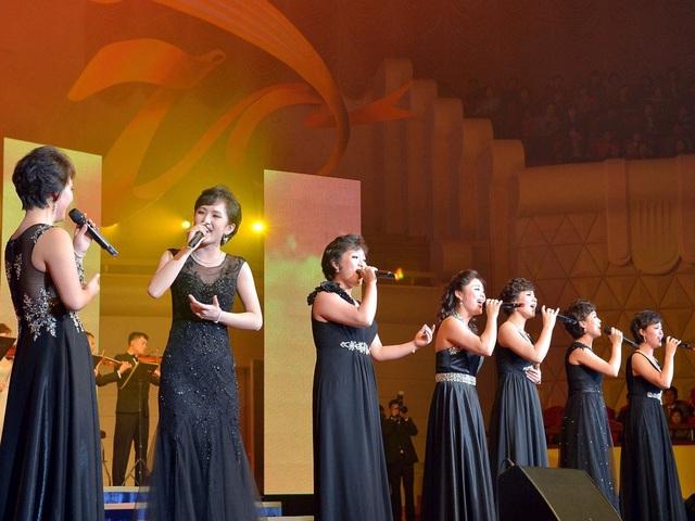 Thậm chí có thông tin nói rằng, ban nhạc này đã bị thay thế bởi một ban nhạc nữ khác có tên Chongbong. (Ảnh: Youtube)